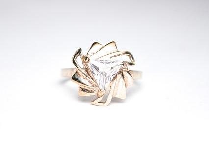 trilliant cut diamond brooch